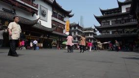 Shanghai - Yuyuan-Touristen-Handelszentrum stock footage