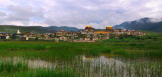 Shangri-La - tempel Songzanlin Stock Afbeelding