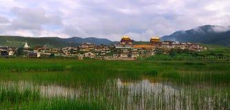 Shangri-La - tempiale di Songzanlin Immagine Stock