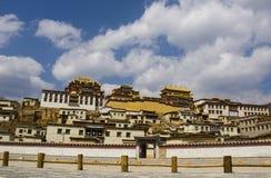 Shangrila的Ganden Sumtseling修道院,中国 库存照片