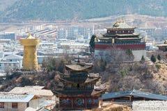 SHANGRILA, CHINA - 13 DE MARÇO DE 2015: Cidade velha de Shangrila um Tib famoso Fotografia de Stock