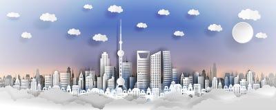 Shanhai stadsbegrepp, Kina Pappers- konststad på baksida med byggnader, torn, moln royaltyfri illustrationer