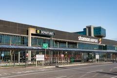 Shannon Airport, Ierland - December zevenentwintigste 2016: Shannon Airport is de 2de grootste luchthaven van Irelands in de Prov Royalty-vrije Stock Fotografie