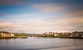 Shannon-Fluss im Limerick Lizenzfreies Stockfoto