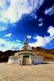 shanti stupa 库存照片
