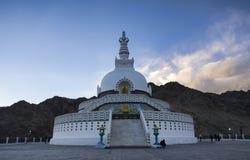 Shanti Stupa photo stock
