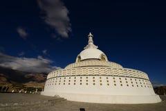 Shanti Stupa стоковые изображения