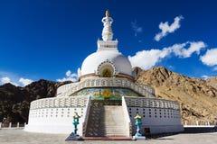 Shanti Stupa [fredtempel] Fotografering för Bildbyråer