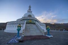 Shanti Stupa-Ladakh, Inde image stock