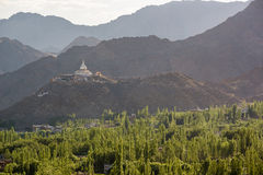 Shanti Stupa, Leh Ladakh Lizenzfreie Stockbilder