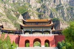 SHANXI, CHINA - 19 Sept. 2015: Ingangspoort in Heng Shan een famo Royalty-vrije Stock Afbeeldingen
