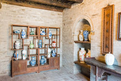 SHANXI KINA - Augusti 29 2015: Gucheng Dayuan (Folk museum) en famo Arkivbilder