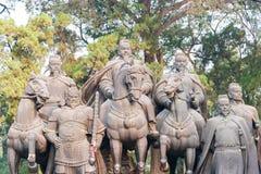 SHANXI KINA - Sept 27 2015: Statyer av Li Shimin och generaler Arkivfoto