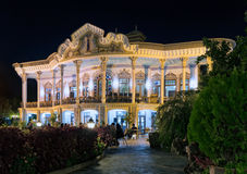 Shapouri paviljong vid natt, Shiraz, Iran Arkivbilder