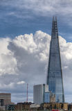 The Shard of Glass Skyscraper dominating the London citiscape Stock Photography