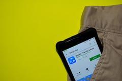 SHAREit - application de réalisateur de transfert et de part sur l'écran de Smartphone photographie stock libre de droits