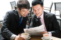 Sharing news Royalty Free Stock Image