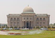 SHARJA, UAE - 16 DE MAYO DE 2016: Biblioteca de Sharja Foto de archivo