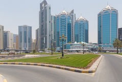 SHARJA, UAE - 16 DE MAYO DE 2016: torres Fotos de archivo libres de regalías