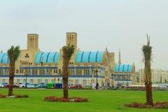 Sharjah, Emirati Arabi Uniti Il Souk centrale, souk diversamente blu dell'oro o di Souk - mercato a Sharjah fotografia stock libera da diritti
