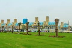 Sharjah, Zjednoczone Emiraty Arabskie Środkowy Souk, inaczej Błękitny Souk lub Złocisty souk, - wprowadzać na rynek w Sharjah obrazy stock