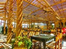 Sharm El谢赫,埃及- 2017年9月25日:室外餐馆和海滩在豪华旅馆, Sharm El谢赫,埃及 免版税库存照片