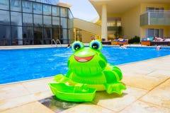 Sharm El谢赫,埃及- 2017年4月8日:看法豪华旅馆Barcelo Tiran Sharm 5担任主角与蓝天的天 免版税图库摄影