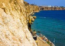 Sharm El谢赫,埃及- 2017年9月24日:豪华旅馆看法作海滩胜地Sharm 5个星与蓝色的天 免版税库存图片