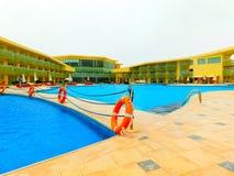 Sharm El谢赫,埃及- 2017年4月9日:看法豪华旅馆Barcelo Tiran Sharm 5担任主角与蓝天的天 库存照片