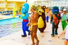 Sharm El谢赫- 2017年4月12日:动画比赛的游人在Barcelo Tiran Sharm旅馆5 图库摄影