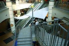 """Sharm el Sheikh, †de EGIPTO """"12 de junio: escaleras móviles en el aeropuerto el 12 de junio de 2015 Fotos de archivo libres de regalías"""