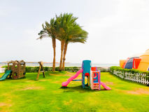 Sharm El Sheikh Egipt, Kwiecień, - 9, 2017: Widok luksusowy hotel Barcelo Tiran Szarm 5 gra główna rolę przy dniem z niebieskim n Zdjęcie Royalty Free