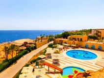 Sharm El Sheikh Egipt, Wrzesień, - 22, 2017: Widok luksusowy hotel Marzy miejscowość nadmorską Szarm przy dniem z błękitem 5 gwia Obrazy Stock