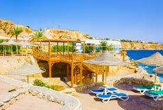 Sharm El Sheikh Egipt, Wrzesień, - 22, 2017: Widok luksusowy hotel Marzy miejscowość nadmorską Szarm przy dniem z błękitem 5 gwia Zdjęcie Stock