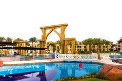 Sharm el Sheikh, Egipto - 13 de abril de 2017: El hotel de lujo RIXOS SEAGATE SHARM de cinco estrellas Foto de archivo libre de regalías
