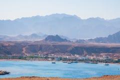 SHARM EL SHEIKH, EGIPTO - 9 DE JULIO DE 2009 Nave en el mar Imagen de archivo