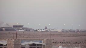 SHARM EL SHEIKH, EGIPTO - 6 DE MARÇO: Aviões do Sharm-EL Sheikh International Airport vídeos de arquivo