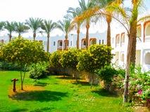 Sharm el Sheikh, Egipto - 8 de noviembre de 2012: El edificio blanco del hotel Sunrice Diamond Beach Resort Fotos de archivo libres de regalías