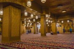 SHARM EL-SHEIKH, EGIPTO - 16 DE OCTUBRE DE 2018 rezos de los musulmanes en Sah foto de archivo libre de regalías