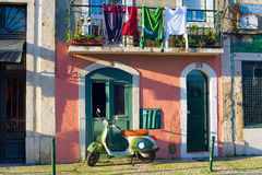 Sharming Lisbon Stara Grodzka ulica Obraz Stock