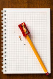 Sharpen um lápis fotos de stock