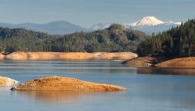 Shasta湖Burney山火山口峰顶北加利福尼亚 图库摄影