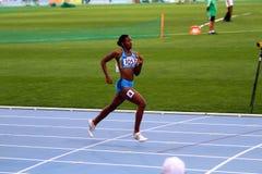 Shaunae Miller compite en 400 contadores de raza Imágenes de archivo libres de regalías