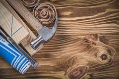 Shav стержней голубого плоского зубила молотка с раздвоенным хвостом плана строительства деревянное Стоковое Фото
