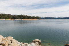 Shaver Lake shoreline Stock Images