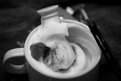 Shaving foam straight razor Royalty Free Stock Photo