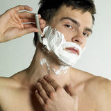 Shaving man Royalty Free Stock Photography