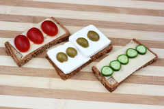 Shavuot传统膳食的乳制品 免版税库存照片