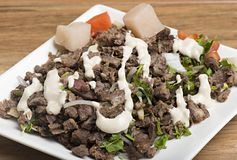 Shawarma-Rindfleisch-Platte lizenzfreie stockfotos