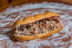 Shawarmasandwich in baguette Royalty-vrije Stock Afbeeldingen